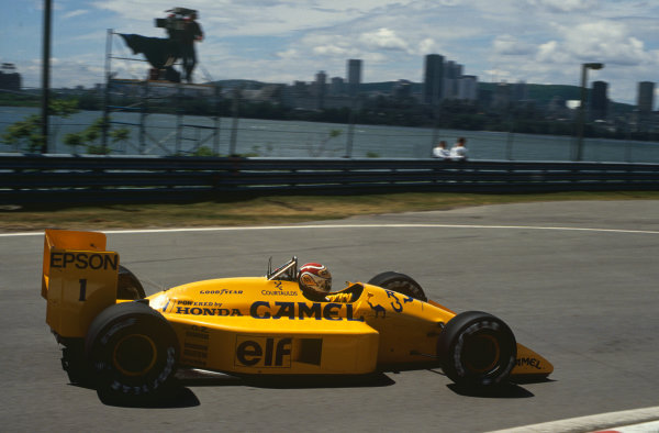 Montreal, Canada. 10th - 12th June 1988. Nelson Piquet (Lotus 100T-Honda), 4th position, action.  World Copyright: LAT Photographic. Ref: CC CAN 9