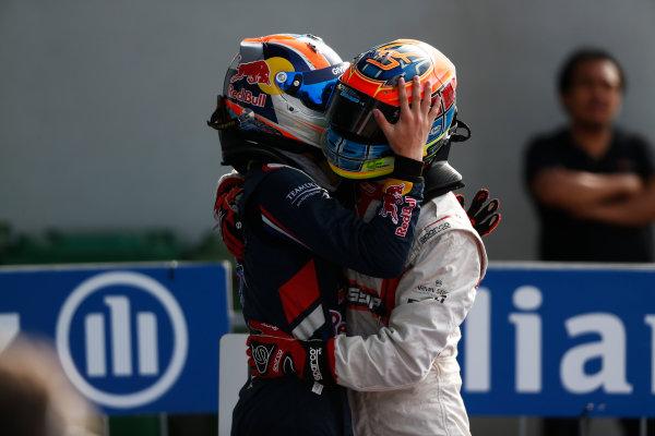2014 GP3 Series. Round 7.   Autodromo di Monza, Monza, Italy.  Sunday 7 September 2014. Dean Stoneman (GBR, Marussia Manor Racing) & Alex Lynn (GBR, Carlin)  Photo: Sam Bloxham/GP2 Series Media Service. ref: Digital Image _SBL2682