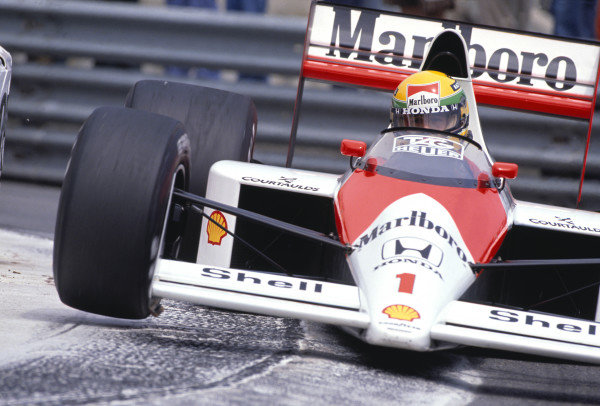 1989 Monaco Grand Prix.Monte Carlo, Monaco. 4-7 May 1989. Ayrton Senna (McLaren MP4/5 Honda). Action.Ref-89 MON 44. 60mb Scan.World Copyright - LAT Photographic