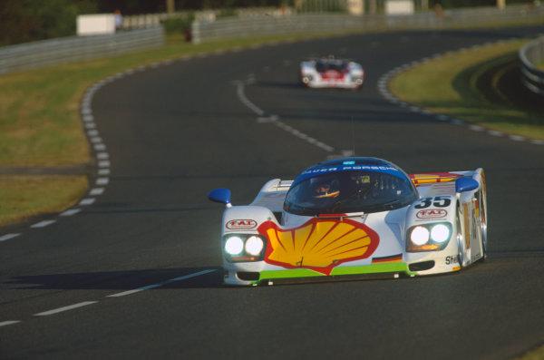 Le Mans, France. 18th - 19th June 1994.Hans-Joachim Stuck/Danny Sullivan/Thierry Boutsen (Dauer 962 Le Mans Porsche), 3rd position, action. World Copyright: LAT Photographic.Ref:  94LM03.