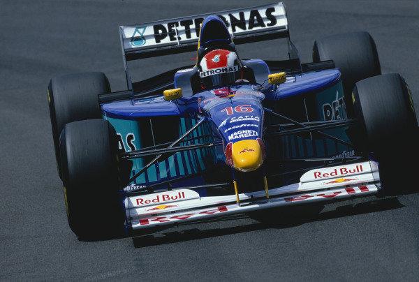 Magny-Cours, France. 27-29 June 1997.Johnny Herbert (Sauber C16 Petronas).Ref-97 FRA 27.World Copyright - LAT Photographic