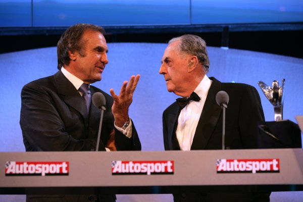 2006 Autosport Awards Grosvenor House Hotel, London. 3rd December 2006. Sir Jack Brabham and Carlos Reutemann. World Copyright: Peter Spinney/LAT Photographic ref: Digital Image YY2Z3831