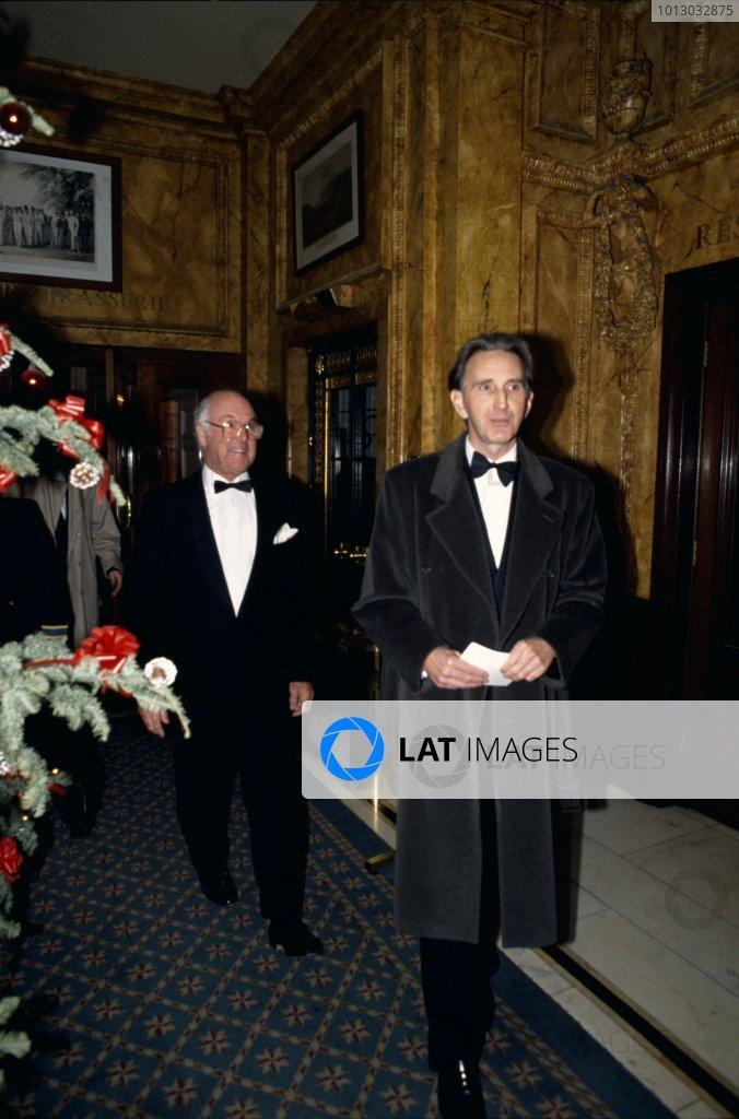 1989 Autosport Awards.Cafe Royal, London, Great Britain. 4 January 1990.John Watson and Murray Walker arrive.World Copyright: LAT PhotographicRef: 35mm transparency