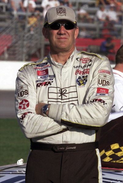 Dale Jarrett (USA) UPS Ford Taurus finished eighth.NASCAR Winston Cup Series, NAPA 500, Atlanta, USA, 17 November 2001.DIGITAL IMAGE