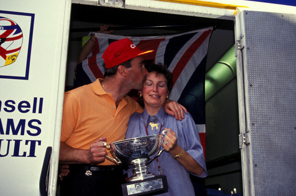 Nigel Mansell and wife Roseanne with the 2nd place trophy.