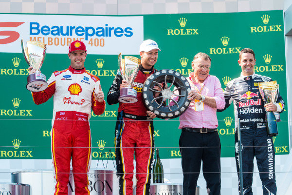Scott McLaughlin, DJR Team Penske Ford, Chaz Mostert, Tickford Racing Ford, Larry Perkins, Jamie Whincup, Triple Eight Race Engineering Holden