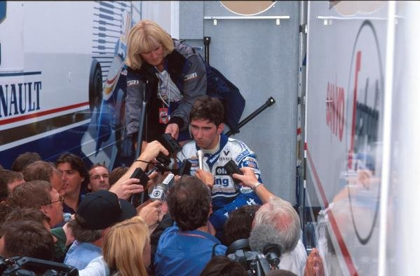 Damon Hill is captured by the worlds media after spinning out on lap 2. German GP, Hockenheim, 30 July 1995
