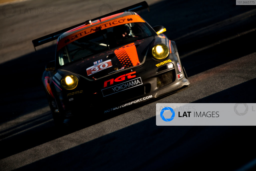American Le Mans Series. Laguna Seca, Monterey, California. 15th - 17th September 2011. Sean Edwards / Carlos Kauffman / Henrique Cisneros, NGT Motorsports, Porsche 911 GT3 Cup. Action. Photo: Drew Gibson/LAT Photographic. ref: Digital Image _Y2Z6818