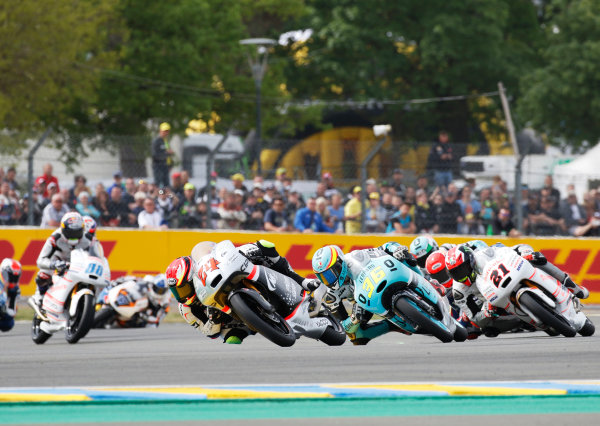 2016 MotoGP Championship.  French Grand Prix.  Le Mans, France. 6th - 8th May 2016.  Moto3.  Tatsuki Suzuki, Mahindra, leads Joan Mir, KTM, and Francesco Bagnaia, Mahindra.  Ref: _W7_8953a. World copyright: LAT Photographic