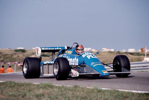 1983 Dutch Grand Prix.Zandvoort, Holland.26-28 August 1983.Piercarlo Ghinzani (Osella FA1E Alfa Romeo).Ref-83 HOL 37.World Copyright - LAT Photographic