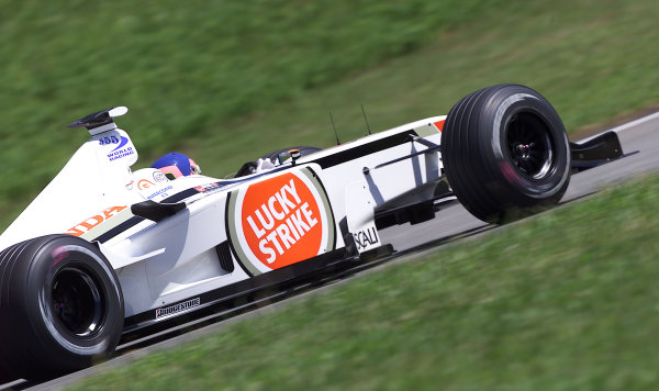 2002 Brazilian Grand Prix - PracticeInterlagos, Brazil. 29 March 2002Jacques Villeneuve (B.A R. 004 Honda). World Copyright: Pic Steve Etherington/LAT PhotographicRef: xxmb Digital Image Only
