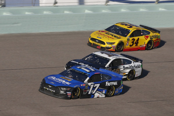 #17: Ricky Stenhouse Jr., Roush Fenway Racing, Ford Mustang Fastenal #10: Aric Almirola, Stewart-Haas Racing, Ford Mustang Smithfield #34: Michael McDowell, Front Row Motorsports, Ford Mustang Love's Travel Stops