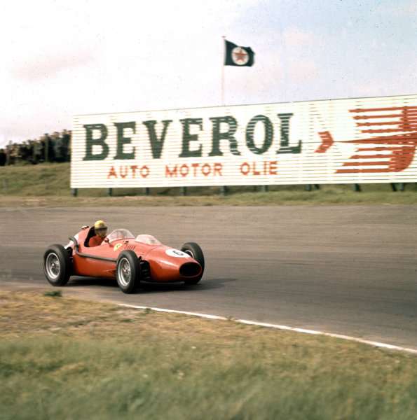 1958 Dutch Grand Prix.Zandvoort, Holland.23-25 May 1958.Luigi Musso (Ferrari Dino 246) 7th position.Ref-3/0022.World Copyright - LAT Photographic