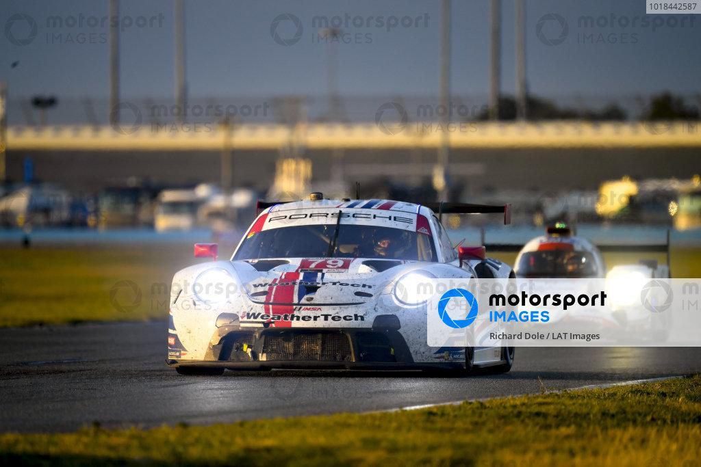 #79 WeatherTech Racing Porsche 911 RSR - 19, GTLM: Cooper MacNeil, Richard Lietz, Kevin Estre, Gianmaria Bruni