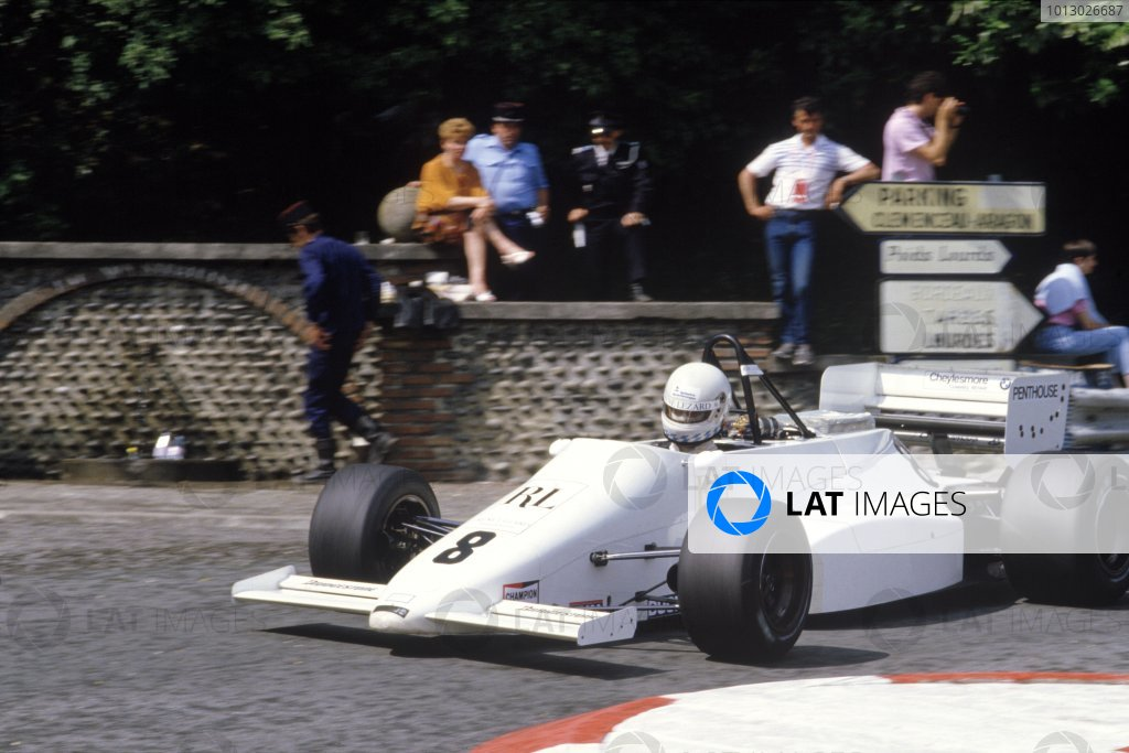 Pau, France. 27 May 1985. Rd 5. Christian Danner, March 85B-Cosworth, 1st position, action. World Copyright: LAT Photographic. Ref: Colour Transparency.