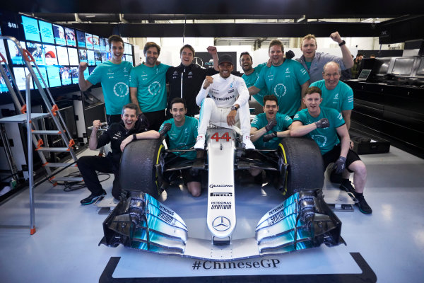 Shanghai International Circuit, Shanghai, China.  Sunday 9 April 2017. Lewis Hamilton, Mercedes AMG, 1st Position, celebrates victory with his race team. World Copyright: Steve Etherington/LAT Images ref: Digital Image SNE19101