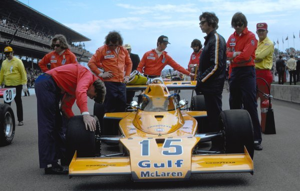 The McLaren M16 Offenhauser of Peter Revson (USA). Indianapolis 500, Indianapolis, USA, 30 May 1973. DIGITAL IMAGE
