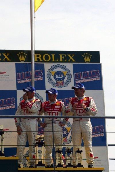 Rinaldo Capello (ITA) / Tom Kristensen (DEN) / Allan McNish (GBR) Audi Sport Team Joest Audi R10.  Le Mans 24 Hours, Circuit du Sarthe, France, 17 & 18 June 2006. DIGITAL IMAGE