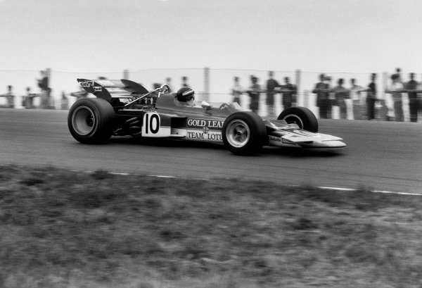 Zandvoort, Holland.19-21 June 1970.Jochen Rindt (Lotus 72C-Ford) 1st position, action.World Copyright: LAT Photographic.Ref:  1340E - 23A/24.