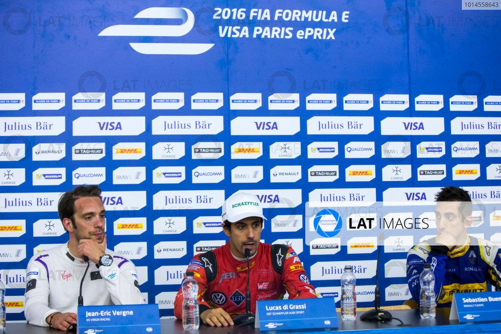 2015/2016 FIA Formula E Championship. Paris ePrix, Paris, France. Saturday 23 April 2016. Jean-Eric Vergne (FRA), DS Virgin Racing DSV-01, Lucas Di Grassi (BRA), ABT Audi Sport FE01 and Sebastien Buemi (SUI), Renault e.Dams Z.E.15. Photo: Zak Mauger/LAT/Formula E ref: Digital Image _79P9498