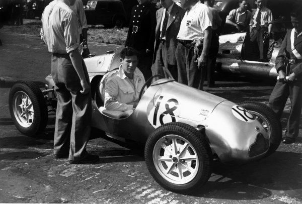 Silverstone, Great Britain. 20th August 1949. Stirling Moss (Cooper-JAP 500 MkIII), 2nd position, portrait. World Copyright: LAT Photograhic. Ref: 49/29 - 17