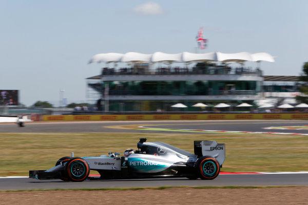 Silverstone Circuit, Northamptonshire, England. Friday 3 July 2015. Lewis Hamilton, Mercedes F1 W06 Hybrid. World Copyright: Andrew Ferraro/LAT Photographic ref: Digital Image _FER0161