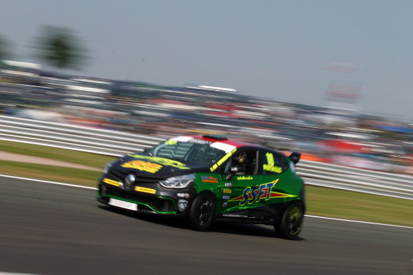 2016 Renault Clio Cup.  Oulton Park, Cheshire. 4th-5th June 2016, Ant Whorton-Eales (GBR) JamSport with AWE Motorsport Renault Clio Cup  World copyright. Jakob Ebrey/LAT Photographic