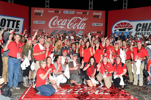 Monster Energy NASCAR Cup Series Coca-Cola 600 Charlotte Motor Speedway, Concord, NC USA Monday 29 May 2017 Austin Dillon, Richard Childress Racing, Dow Salutes Veterans Chevrolet SS celebrates his win in Victory Lane World Copyright: Nigel Kinrade LAT Images ref: Digital Image 17CLT2nk10530