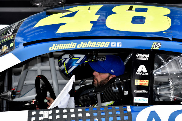 Monster Energy NASCAR Cup Series Food City 500 Bristol Motor Speedway, Bristol, TN USA Jimmie Johnson wins the Food City 500 World Copyright: Rusty Jarrett LAT Images ref: Digital Image 17BMS1rj_8435