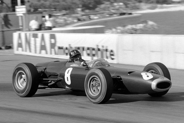 Graham Hill (GBR) BRM P261 won the race by over a lap. Monaco Grand Prix, Monte Carlo, 10 May 1964.