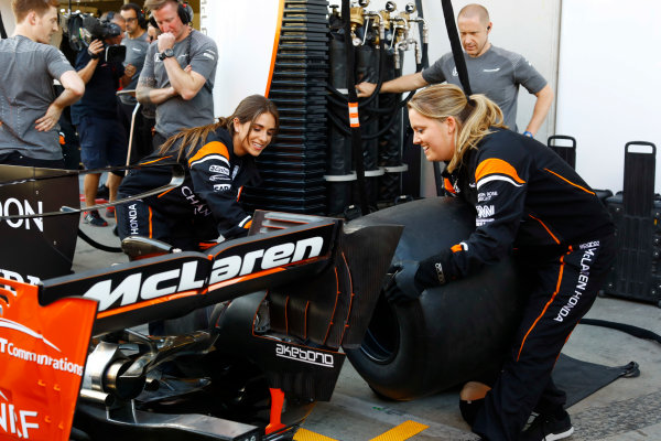 Red Bull Ring, Spielberg, Austria. Thursday 06 July 2017. The McLaren team organise an all-female pit stop. World Copyright: Steven Tee/LAT Images ref: Digital Image _O3I4861