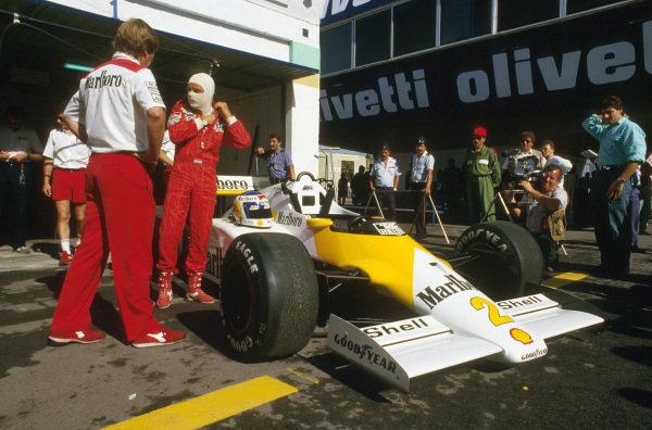 Estoril, Portugal.19-21 September 1986.Keke Rosberg (McLaren MP4/2C TAG Porsche). His car carried the Marlboro Lights livery in Portugal.Ref-86 POR 16.World Copyright - LAT Photographic