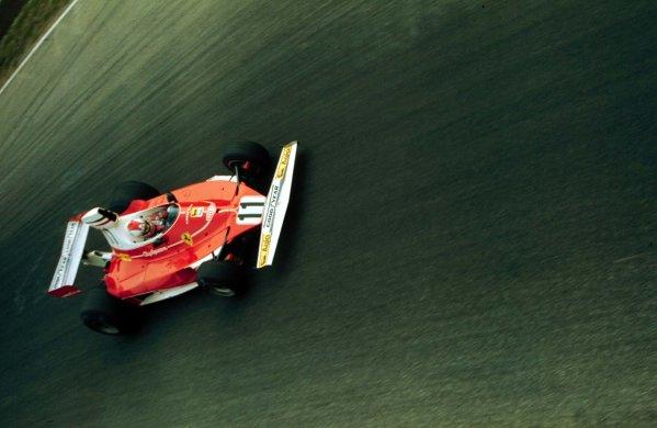 1975 Italian Grand Prix.Monza, Italy.5-7 September 1975.Clay Regazzoni (Ferrari 312T) 1st position.World Copyright - LAT Photographic