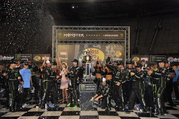 #41: Kurt Busch, Stewart-Haas Racing, Ford Fusion Monster Energy / Haas Automation wins