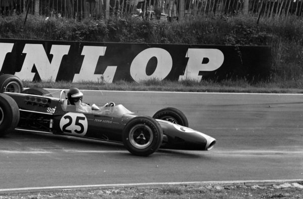 Jackie Oliver, Lotus 48 Ford, goes for a spin.