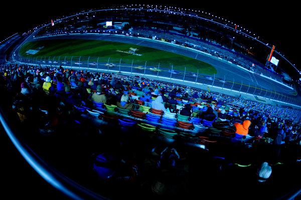 19-20 February, 2015, Daytona Beach, Florida USA The Camping World Truck Series races at night at Daytona International Speedway. ?2015, F. Peirce Williams LAT Photo USA