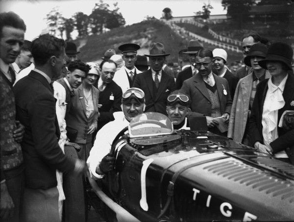 Brooklands, Surrey, England. May 1928.Kaye Don, Sunbeam, portrait. World Copyright: LAT Photographic.Ref:  Autocar Glass Plate A9798.