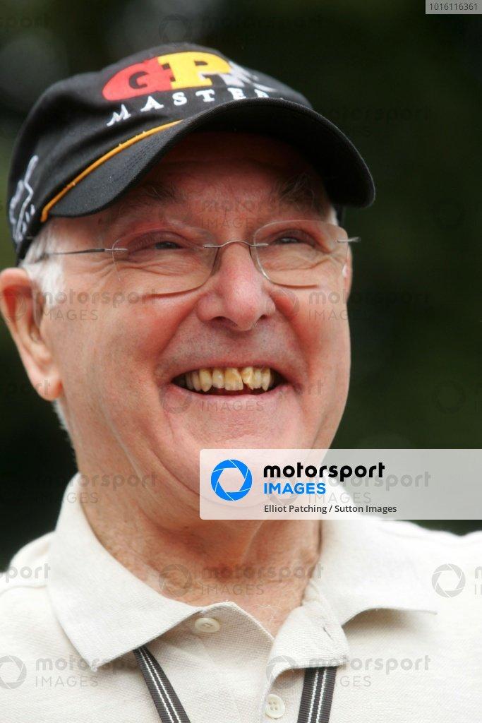 Legendary motorsport commentator Murray Walker (GBR). Goodwood Festival of Speed, Goodwood, England 7 - 9 July 2006 DIGITAL IMAGE