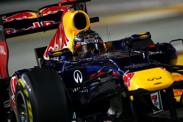 Marina Bay Circuit, Singapore23rd September 2012Sebastian Vettel, Red Bull RB8 Renault. World Copyright: Andy Hone/LAT Photographicref: Digital Image HONZ0780