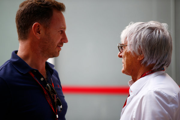 Interlagos, Sao Paulo, Brazil. Thursday 10 November 2016. Bernie Ecclestone, CEO and President, FOM, talks to Christian Horner, Team Principal, Red Bull Racing.  World Copyright: Andy Hone/LAT Photographic ref: Digital Image _ONZ4554