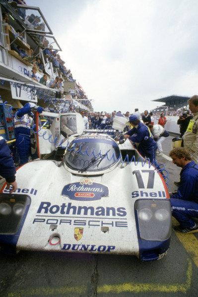 1987 Le Mans 24 HoursLe Mans, France. 11th - 12th June.Hans-Joachim Stuck/Al Holbert/Derek Bell (Rothmans Porsche 962C), 1st position.World Copyright: Murenbeeld/LAT Photographicref: 35mm Transparency Image