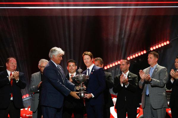 31 August, 2015, San Francisco, California, USA Scott Dixon is presented with the championship trophy © 2015, Michael L. Levitt LAT Photo USA