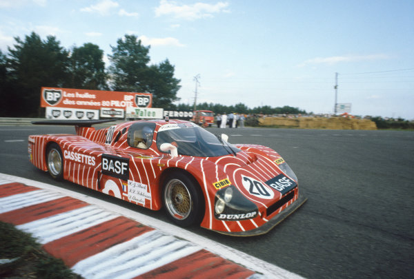 1982 Le Mans 24 hours. Le Mans, France. 19th - 20th June 1982. Hans-Joachim Stuck / Jean-Louis Schlesser / Dieter Quester (Sauber SHS C6 Ford), retired, action. World Copyright: LAT Photographic. Ref: 82LM33.