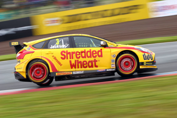 2017 British Touring Car Championship, Knockhill, Scotland. 12th-13th August 2017, Mat Jackson (GBR) Team Shredded Wheat Racing with Duo Ford Focus World copyright. JEP/LAT Images