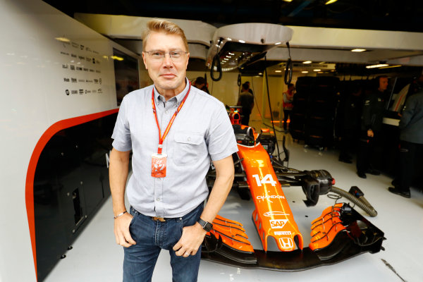 Autodromo Nazionale di Monza, Italy. Saturday 02 September 2017. Mika Hakkinen outside the McLaren garage. World Copyright: Steven Tee/LAT Images  ref: Digital Image _O3I5590
