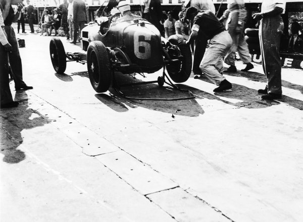 Montlhery, France. 1 July 1934. Achille Varzi (Alfa Romeo Tipo B/P3), 2nd position, pit stop, action.  World Copyright: LAT Photographic