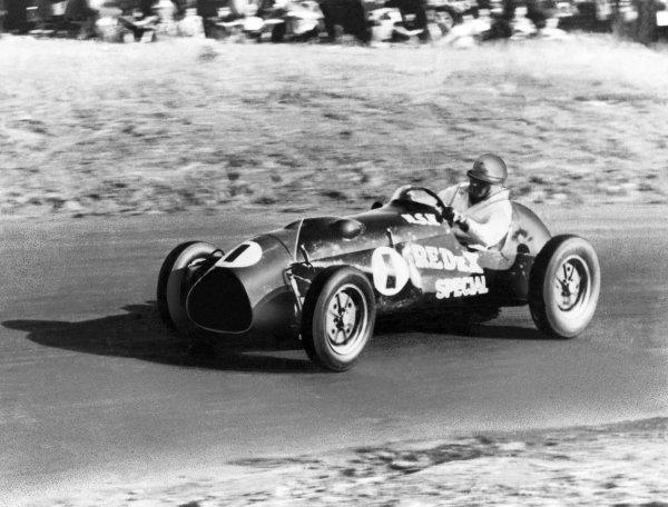 1950s Australian Formula Libre Racing.Circa 1955-56.Jack Brabham (Redex Special Cooper-Bristol).World Copyright: LAT PhotographicRef: Autocar 9/9/1960, Print