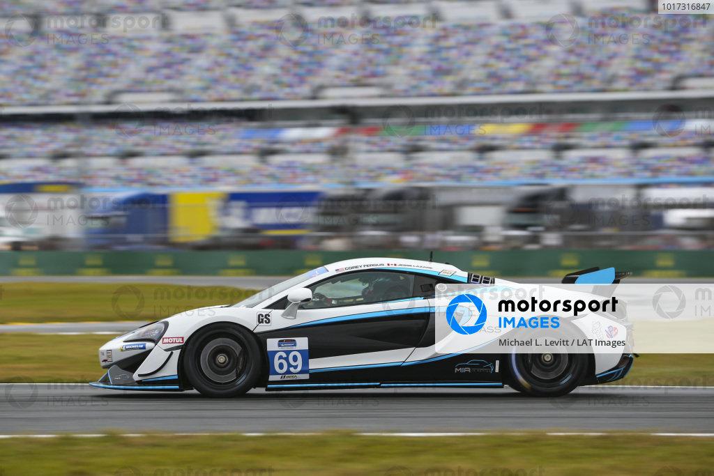 #69 Motorsports In Action McLaren GT4, GS: Jesse Lazare, Corey Fergus