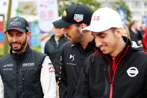 Jose Maria Lopez (ARG), GEOX Dragon Racing, Jean-Eric Vergne (FRA), DS TECHEETAH and Sébastien Buemi (CHE), Nissan e.Dams walk to the autograph session