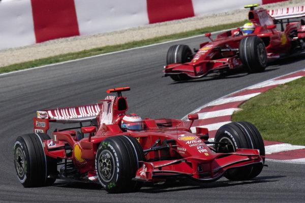 Kimi Räikkönen, Ferrari F2008 leads Felipe Massa, Ferrari F2008.